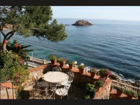 Продажа виллы в Испании Каталония Тосса де Ма...
