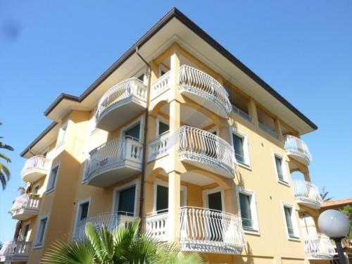 Bordighera apartment for sale ground floor