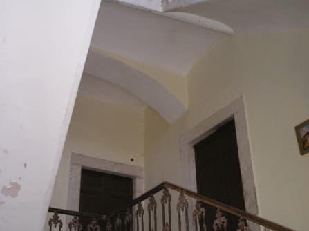 Лацио/ провинция Рьети старинное здание на пр...