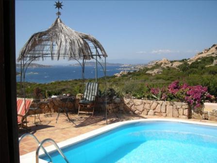 Вилла на продажу на Сардинии
