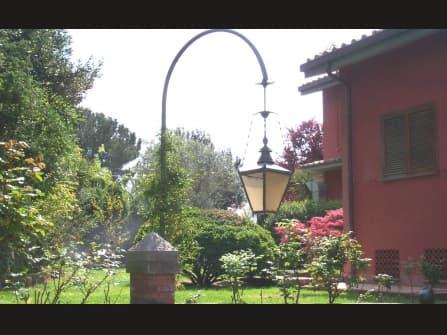 Roma, villa in vendita