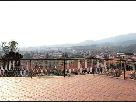 Вилла в Монтекатини Терме на продажу