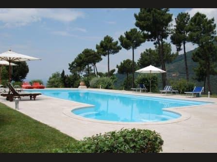 Camaiore,villa di prestigio in vendita