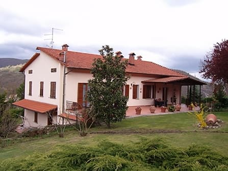 Casentino Villa For Sale