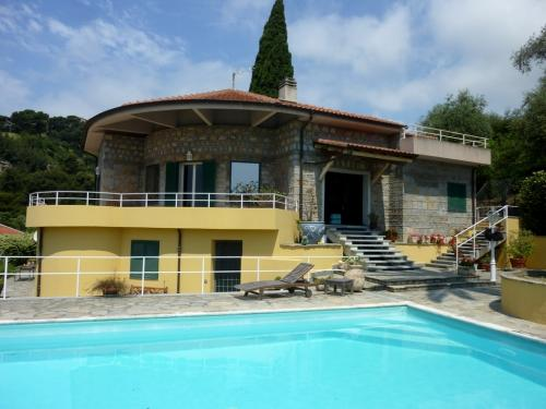 Luxury villa for sale in Bordighera