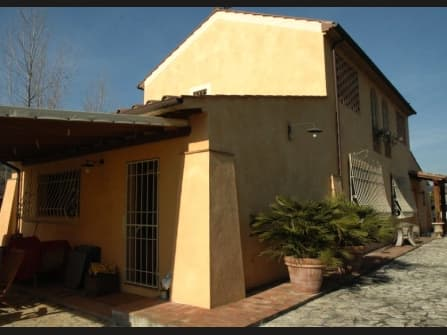 Palaia Villa For Sale