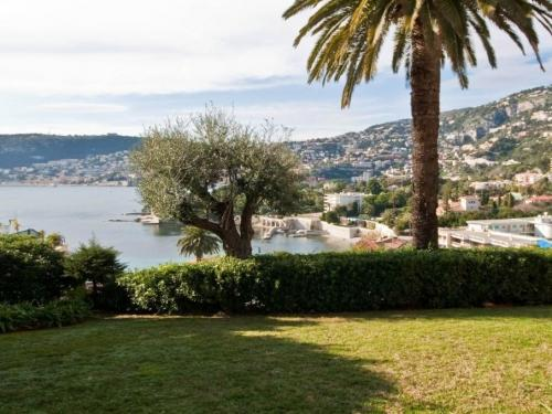 Saint-Jean-Cap-Ferrat Apartment For Sale