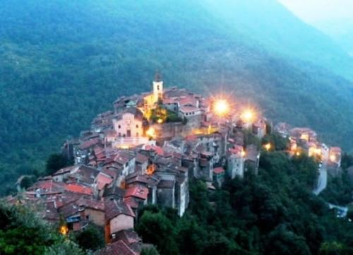 Apricale, apartment for sale