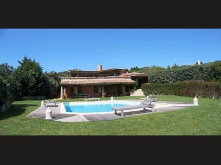 Luxurious villa for sale in Palau Sardinia