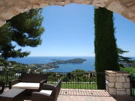 Fantastic villa for sale in Villefranche