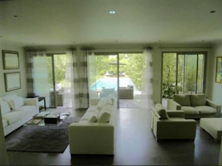 Modern villa for sale in Cannes