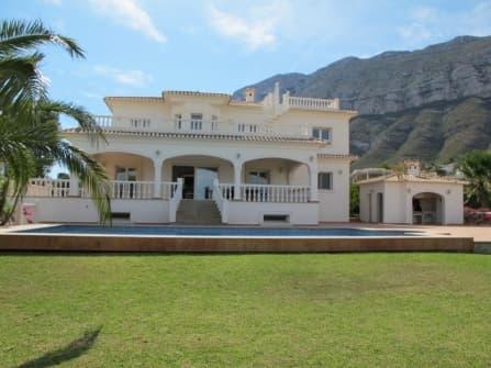 Majestic villa for sale in Denia Costa Blanca