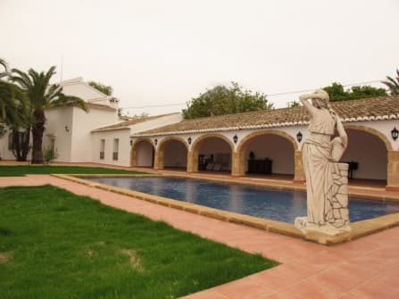 Beautiful villa for sale in Javea