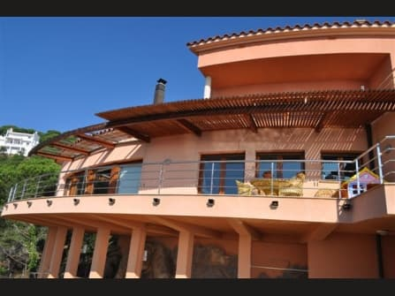 Fabulous villa for sale in Lloret de Mar