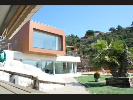 Wonderful villa for sale in Lloret de Mar