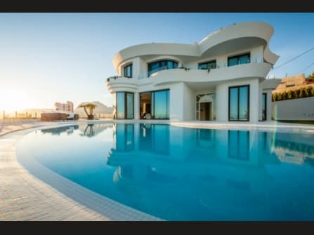 Luxury villa for sale in Benidorm