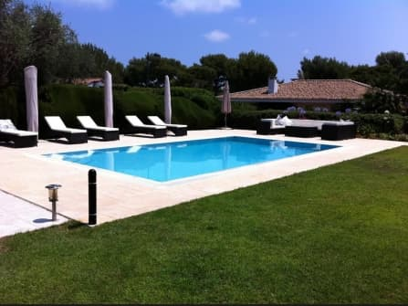 Chic villa for sale in Saint Jean Cap Ferrat