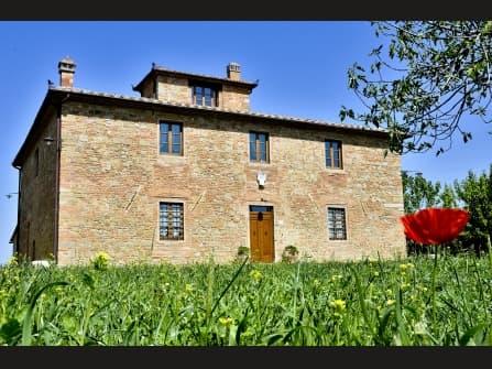 Типичный тосканский дом вблизи Флоренции