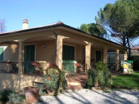 Casale Marittimo villa for sale
