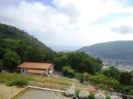 Camporosso Villa In Vendita