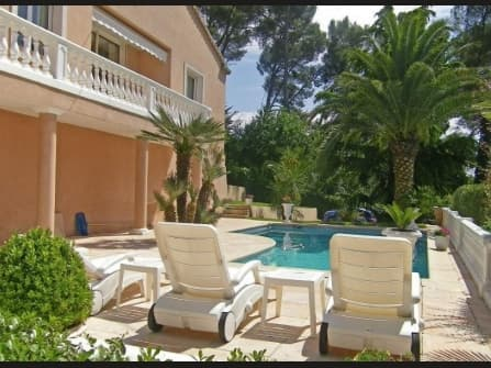 Charming villa for sale in Mougins