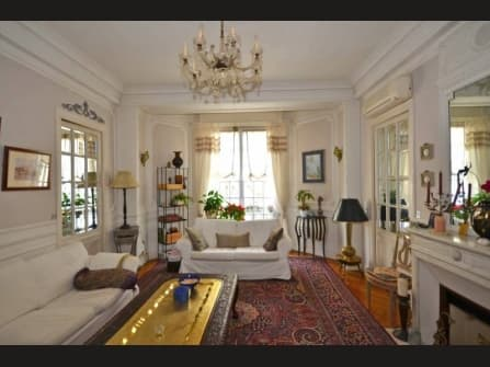 Apartment for sale in Musiciens area in Nice