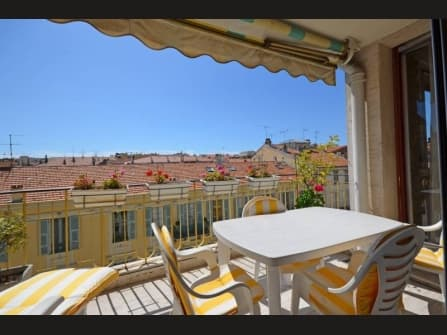 Enchanting apartment for sale in Nice