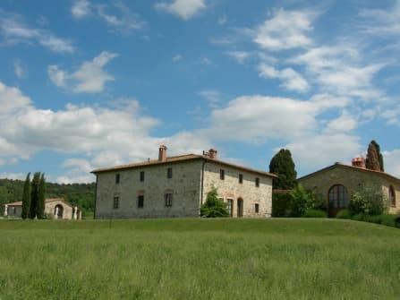 Vendesi a Volterra tipica Casa colonica