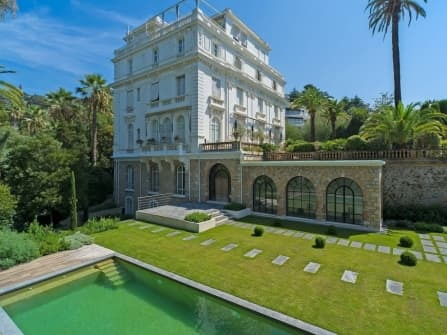 Apartment in villa in for sale Cannes