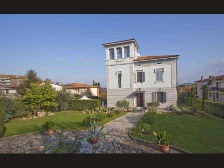 Liberty villa with garden