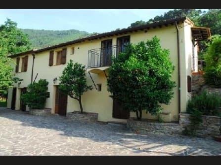 Вилла в жипописной местности в провинции Пиза