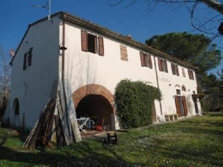 Вилла в деревенском стиле в провинции Пиза