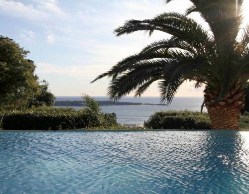 Unique villa for sale in Cannes Californie