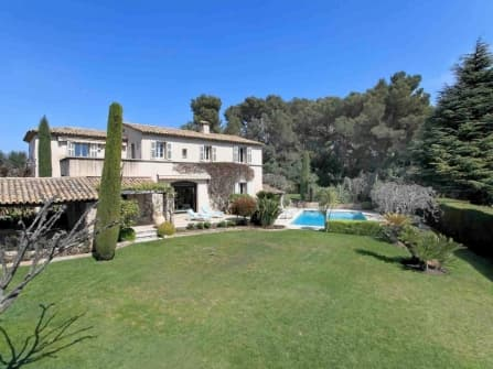 Splendid villa for sale in Le Cannet