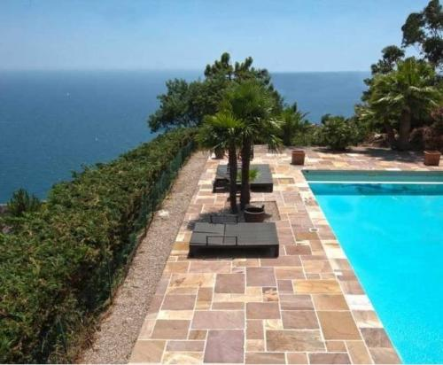 Fabulous sea view villa in Theoule sur Mer