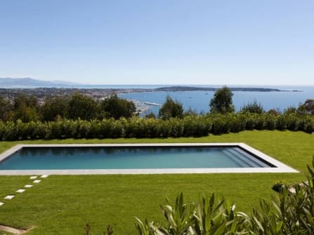 Ultra modern villa for sale in Cannes