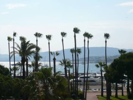 Luxury apartment to restore in Cannes