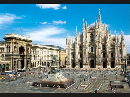 Milan Prestigious Business Building For Sale