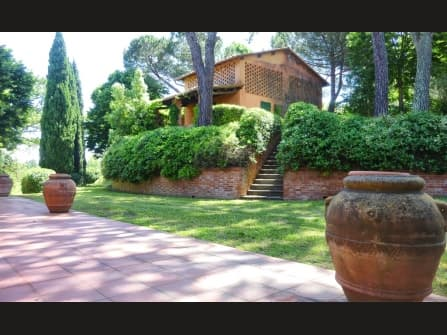 Tuscany, Pisa farm for sale