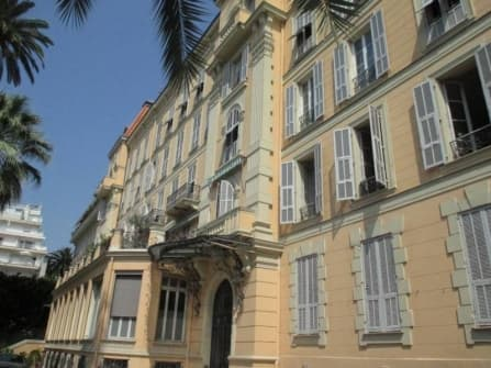 Charming apartment for sale in Nice centre
