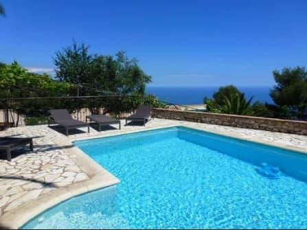 Fantastic sea view villa in La Turbie