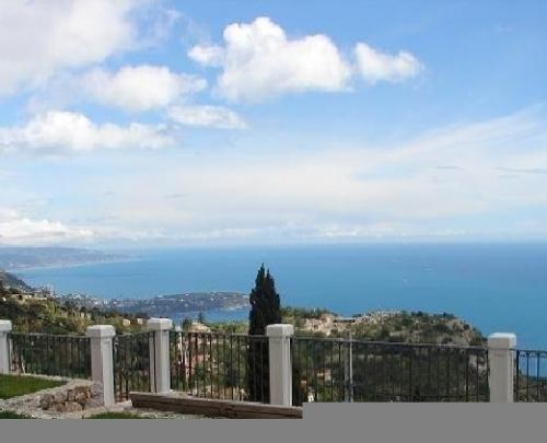 Charming villa for sale in La Turbie