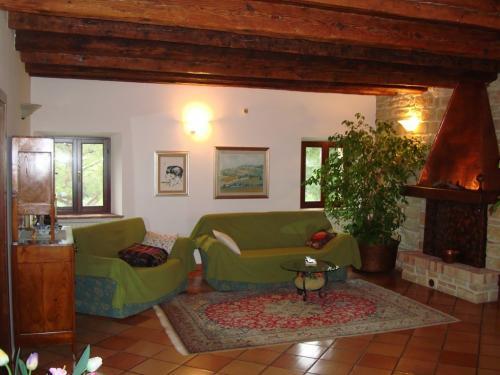 Старинный дом в Анконе регион Марке