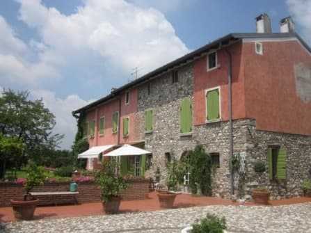 Элитное поместье в Дезенцано на берегу озера ...