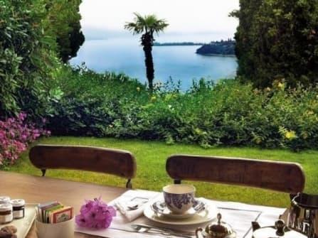 Элитный апартамент с видом на озеро Гарда