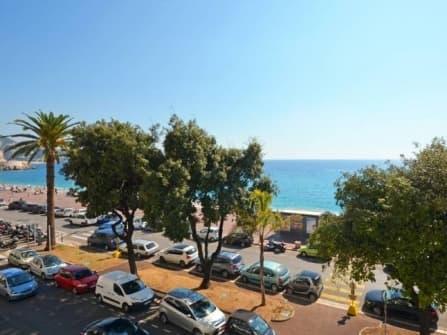 Элитный апартамент на продажу у моря в Ницце