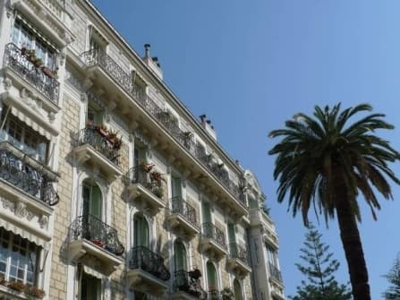 Прекрасная квартира на продажу в центре Ниццы