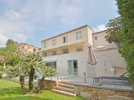 Magnificent villa for sale in Cannes