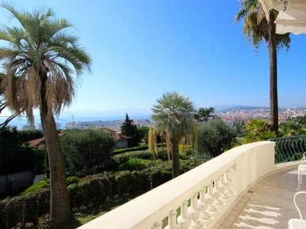 Magnificent apartment for sale in Cannes