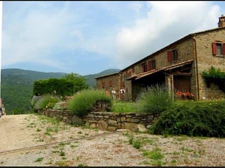 Farm a Cortona in Tuscany